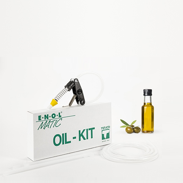 The kit for bottling oil